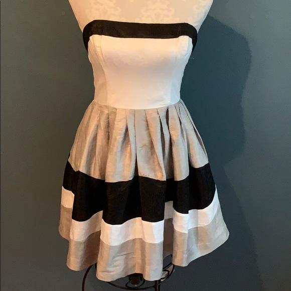 bebe Dresses & Skirts - Bebe Color Block Strapless Dress Black/White/Gray